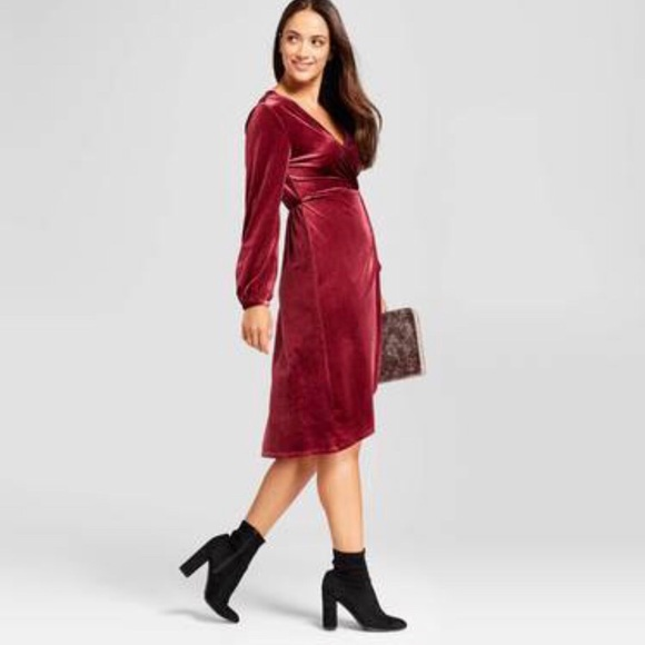 722e0939cf a new day Dresses   Skirts - A NEW DAY  Velvet burgundy dress😍